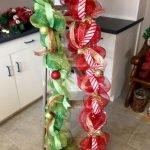 Brilliant Christmas Garland Decorating Ideas 174