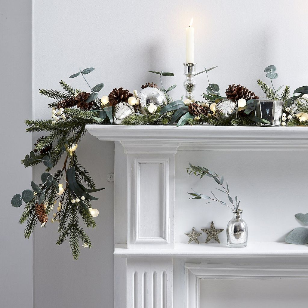Brilliant Christmas Garland Decorating Ideas 198