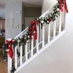 Brilliant Christmas Garland Decorating Ideas 208