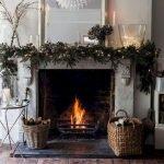 Brilliant Christmas Garland Decorating Ideas 213