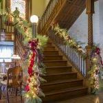 Brilliant Christmas Garland Decorating Ideas 224