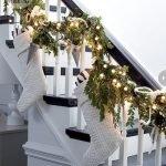 Brilliant Christmas Garland Decorating Ideas 255