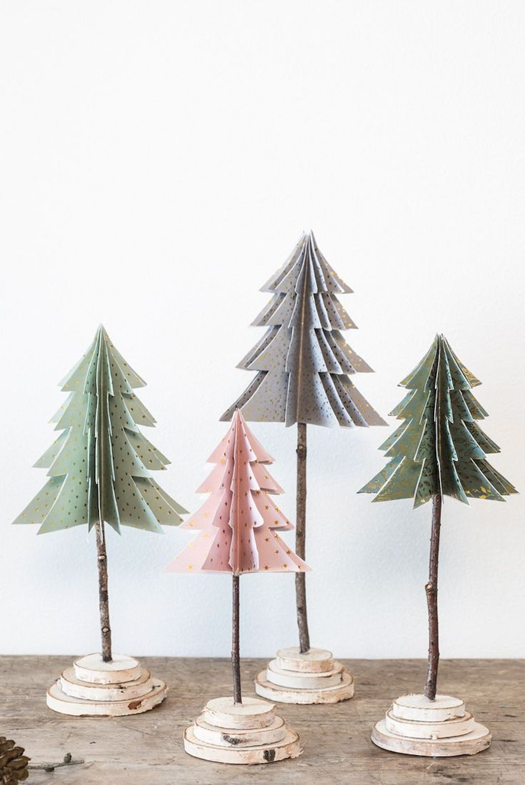 Cool Christmas Tree Decoration To Impress Your Guess