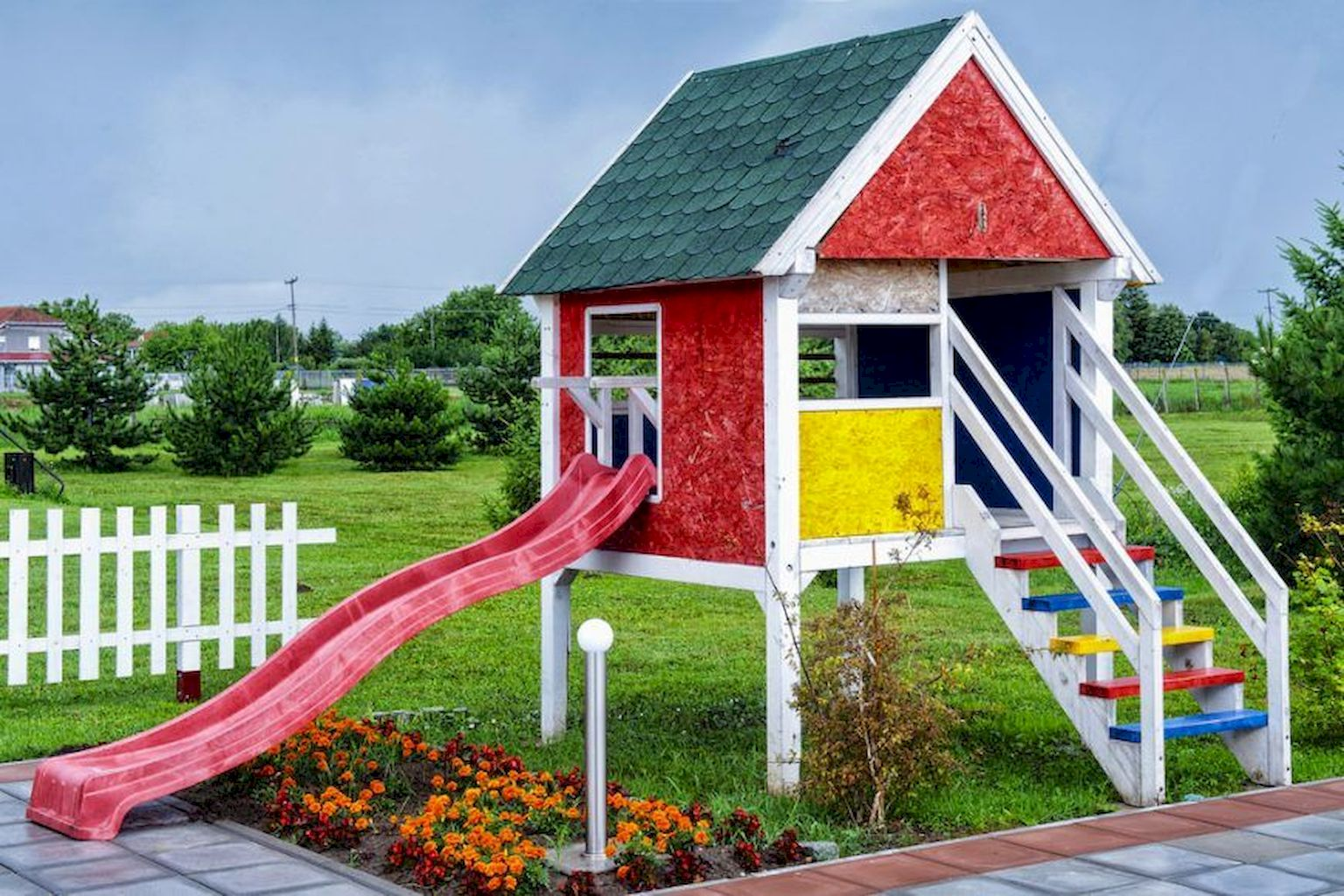 Exquisite Playhouse Plan Into Your Existing Backyard Space