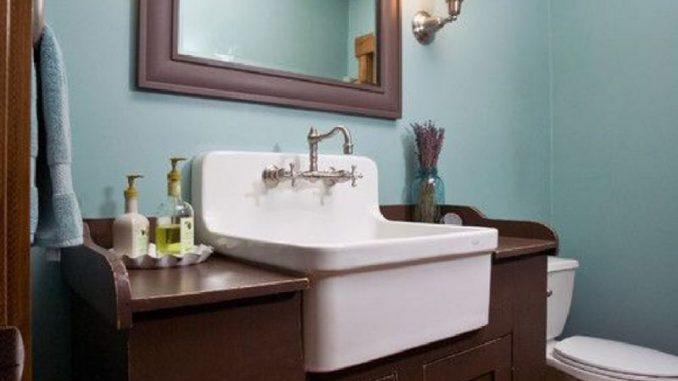 Farmhouse Bathroom.jpg