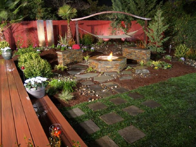 Garden Backyard Design Ideas With Fireplace 03