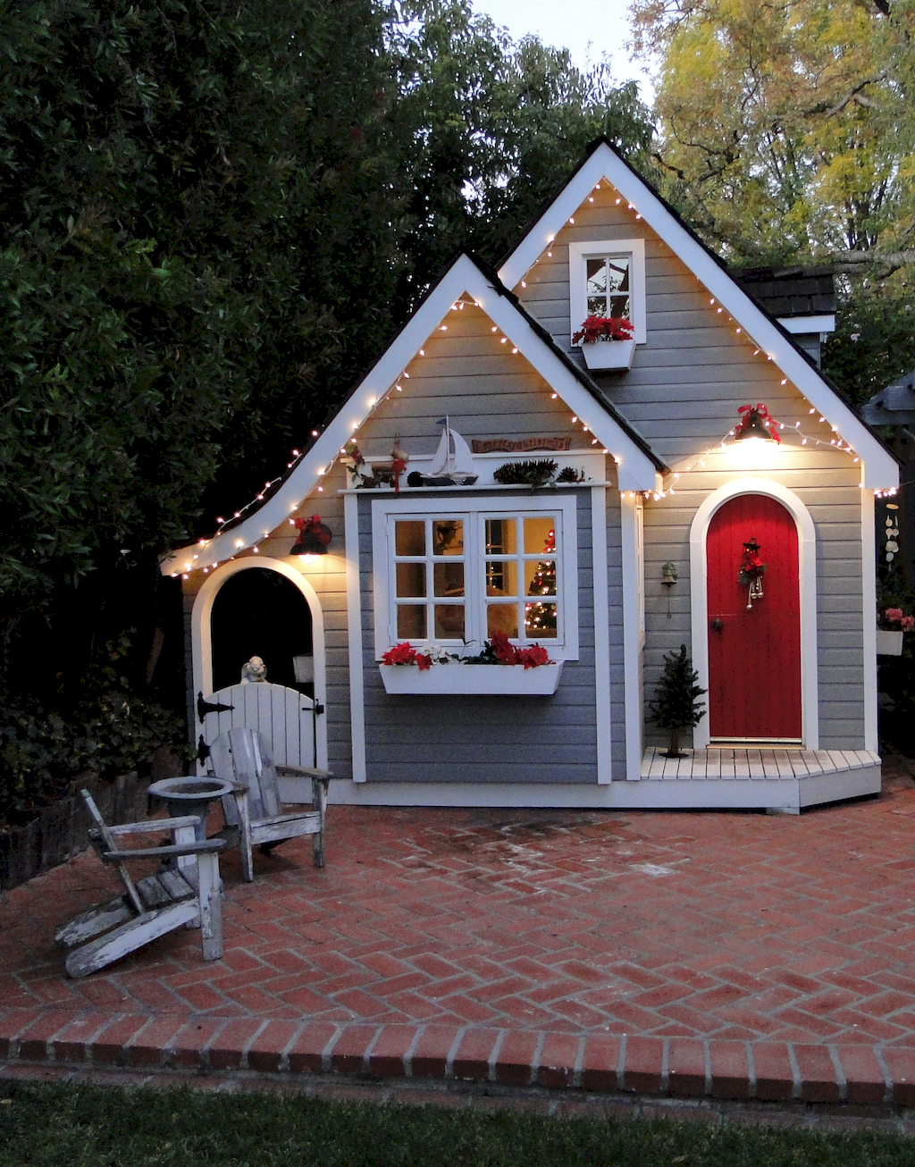 Gorgeous Playhouse Plan Into Your Existing Backyard Space
