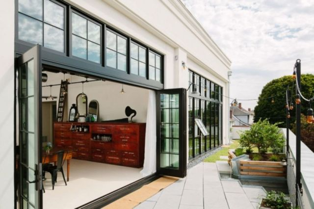 Industrial Style Front Porch Decoration Ideas 1