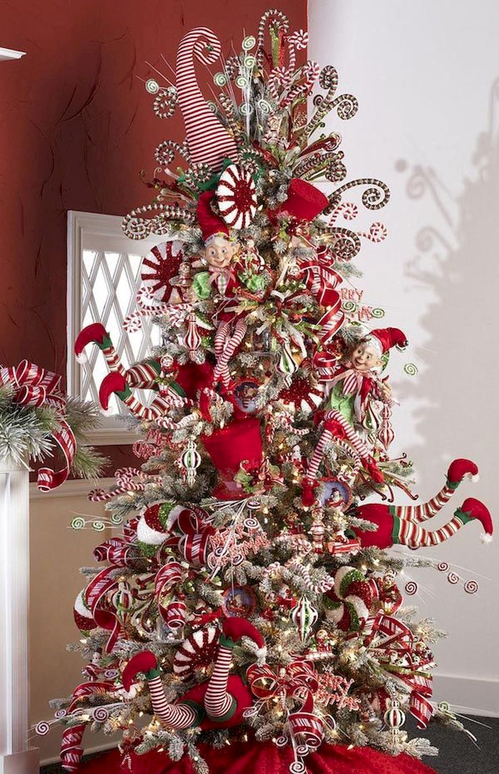 Marvelous Christmas Tree Decoration To Impress Your Guess