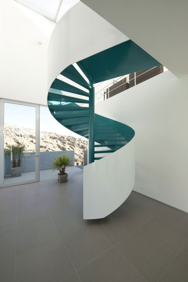 Minimalist Stair Design Ideas with Spiral Designs 1