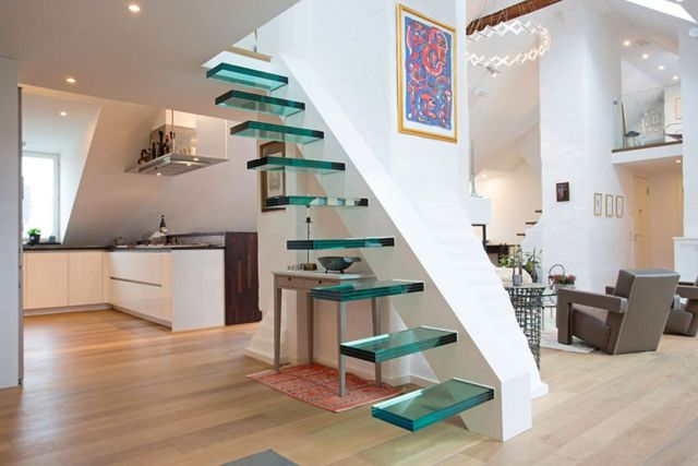 Minimalist Staircase Glass Design Ideas 5