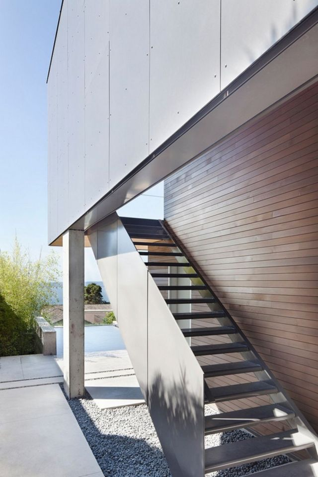 Modern Outdoor Stairs Design 5