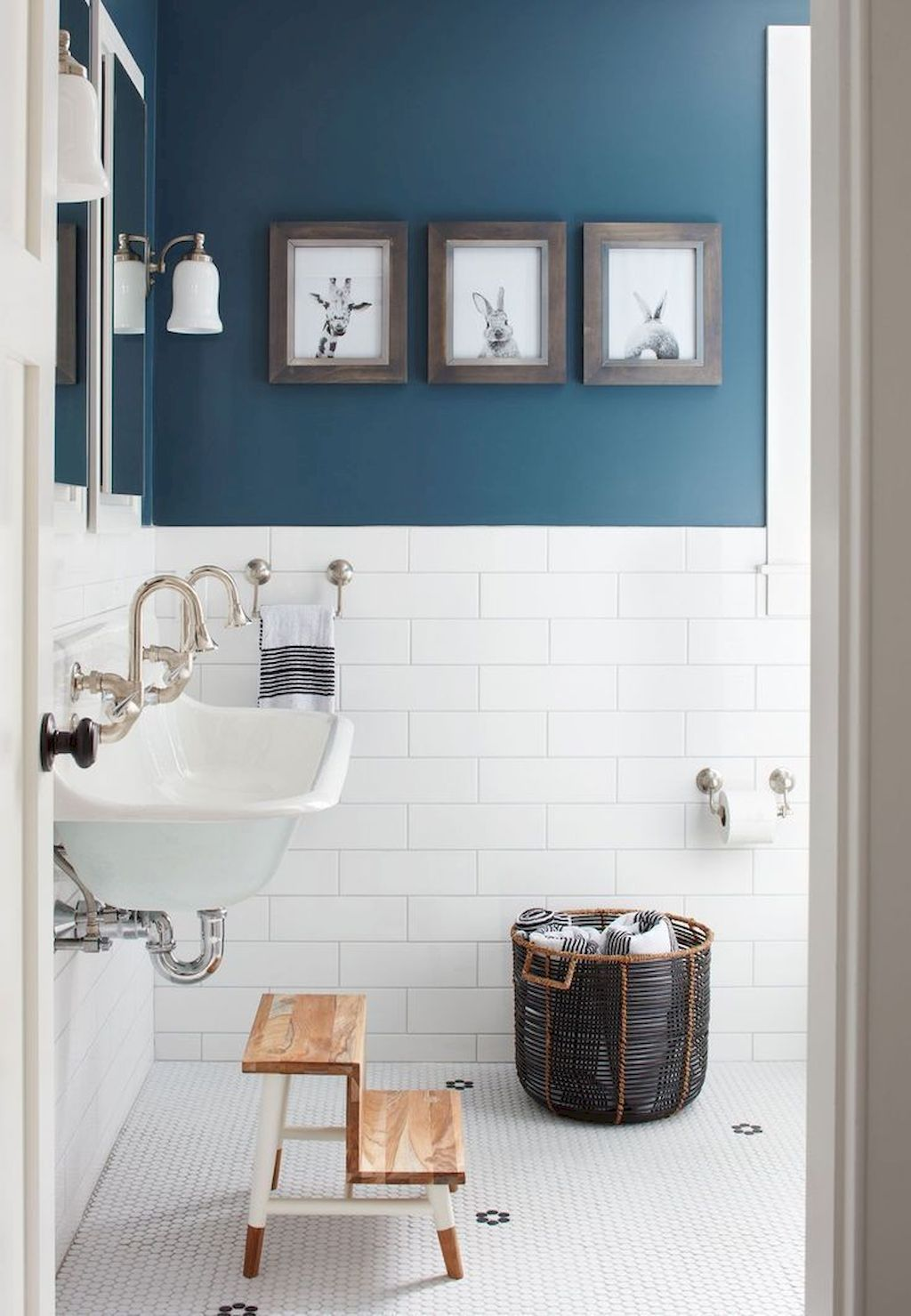 Nice Stylish Color Scheme For Your Bathroom