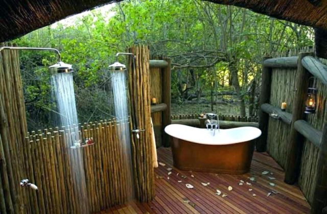 Outdoor Bathroom with Rustic Style 2
