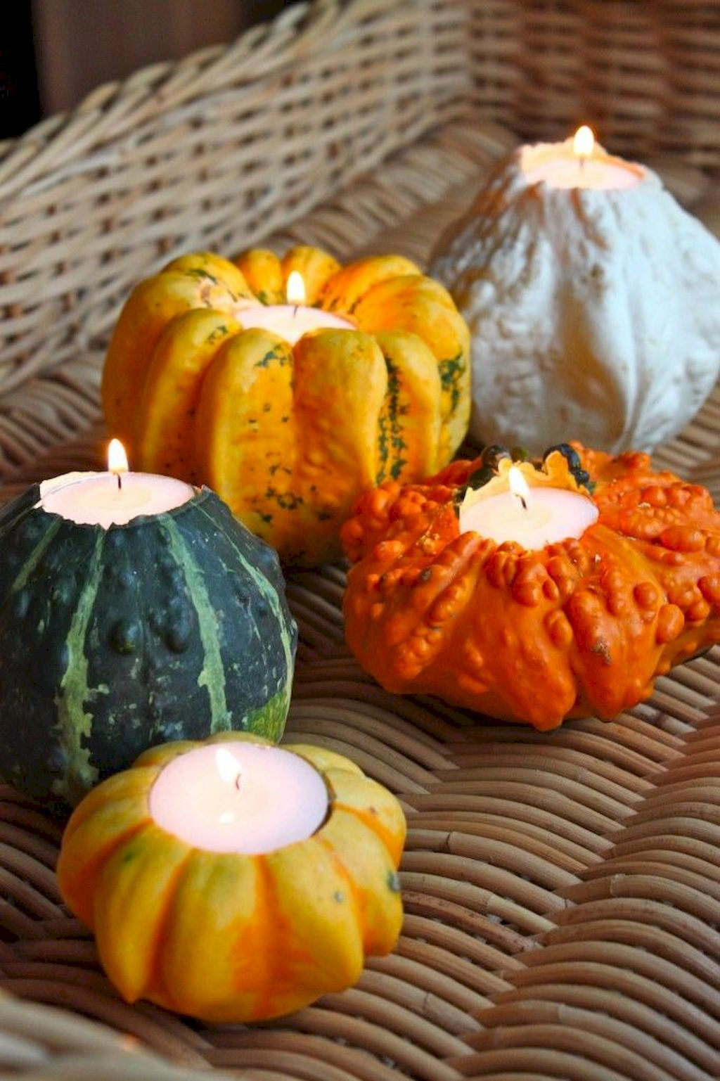 Perfect Thanksgiving Candle Displays Ideas And Placements