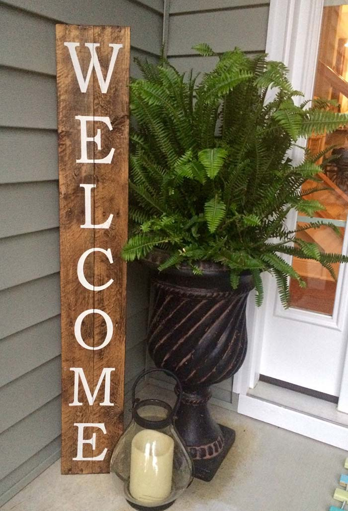 Rustic Sign Front Porch Decor #farmhouse #rustic #porch #decor #decorhomeideas