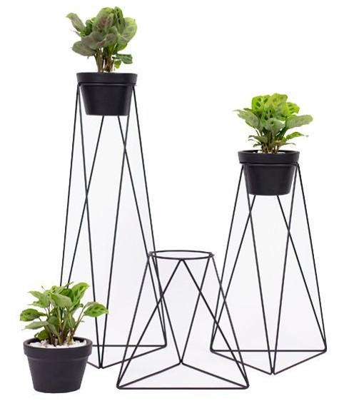 Inexpensive DIY Plant Stand Ideas