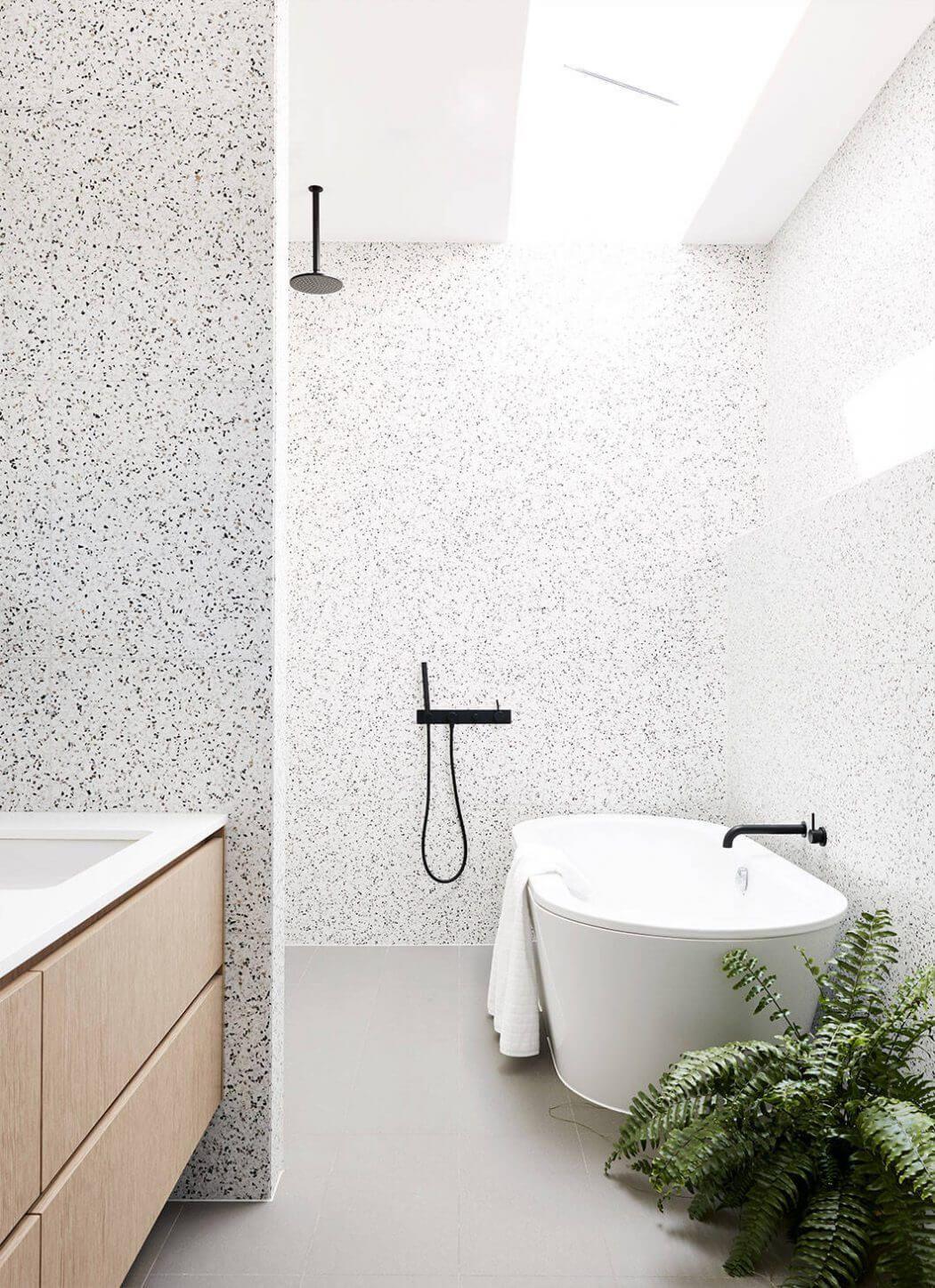 Small Bathroom Tile Layout Ideas