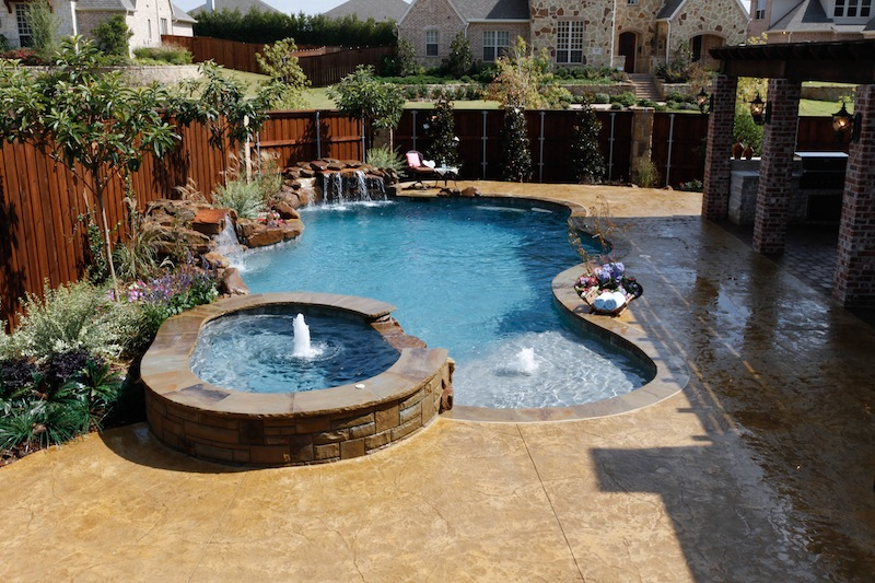 Fabulous Swimming Pool with Spa Designs - Home to Z